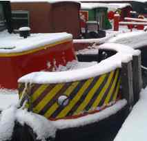 Open all year round - the Bantam tug in snow